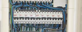 Trabajo de instalaciones eléctricas realizado por Alonso Construcciónes y Reformas en en Madrid