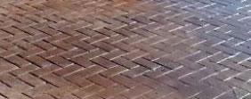 Trabajo de solado y acondicionamiento de patios realizado por Alonso Construcciónes y Reformas en en Madrid